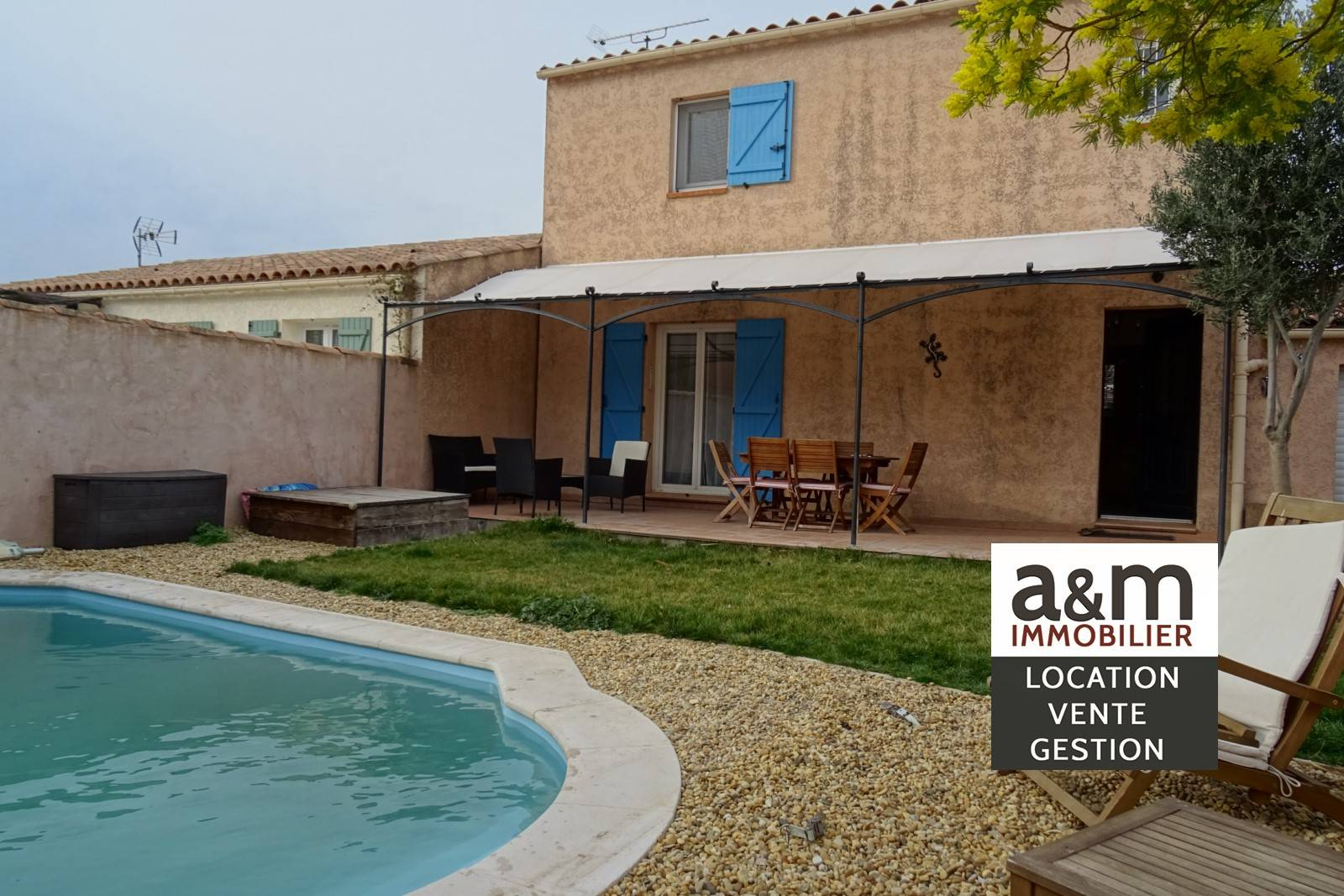 maison t4 piscine ch teauneuf les martigues agence immobili re location vente d. Black Bedroom Furniture Sets. Home Design Ideas