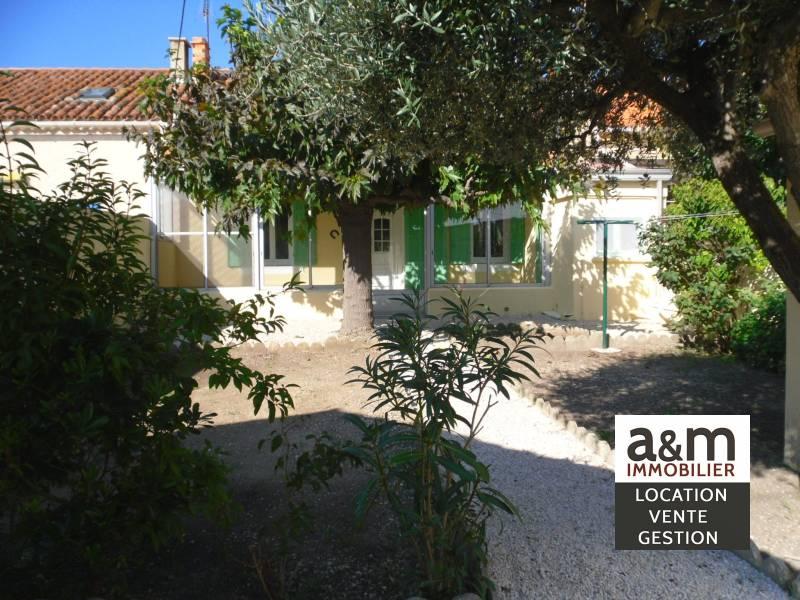 Villa plain pied t3 neuve jardin garage gignac la nerthe agence immobili re location - Garage chateauneuf les martigues ...